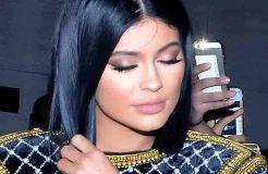 Kylie Jenner heizt Hochzeitsgerüchte an