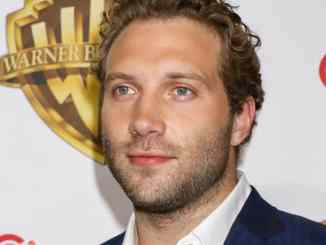 "Jai Courtney nackt am ""Suicide Squad""-Set - Kino News"