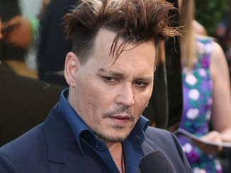 "Johnny Depp - ""Alice Through the Looking Glass"" Los Angeles Premiere - 3"