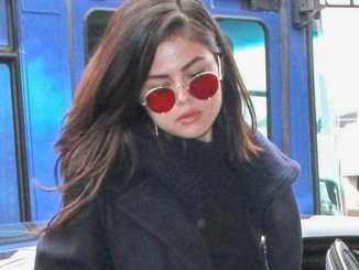 """Selena Gomez stellt ihren Fans die """"Talking Heads"""" vor - Musik News"""