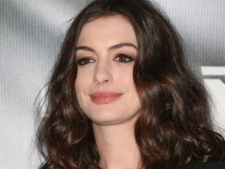 "Anne Hathaway - Neon's ""Colossal"" Los Angeles Premiere"