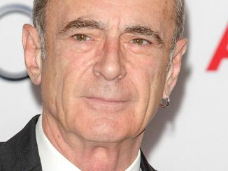 Francis Rossi - 39th Annual Nordoff Robbins 02 Silver Clef Awards