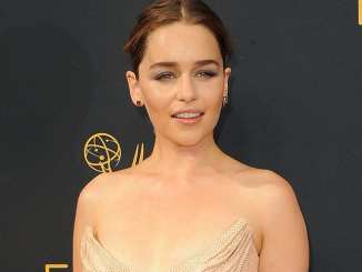 """Game of Thrones"": Emilia Clarke und das Social-Media-Verbot - TV News"