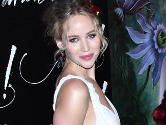 "Jennifer Lawrence - ""Mother!"" New York City Premiere - 2"
