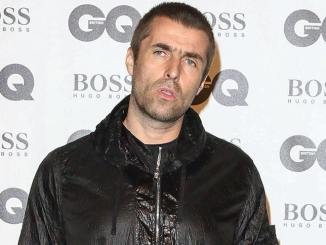 Liam Gallagher half Kyle Falconer bei Titelsuche - Musik News