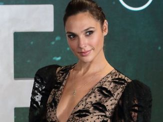 "Gal Gadot - ""Justice League"" UK Photocall"