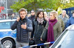 Philip (Jörn Schlönvoigt), Anni (Linda Marlen Runge, M.), Lilly (Iris Mareike Steen)
