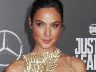 "Gal Gadot - ""Justice League"" World Premiere"
