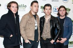 """Arctic Monkeys"": Kein Solo-Album für Alex Turner"