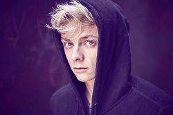 Jonas Monar: Song zum Welttag der Suizidprävention - Musik