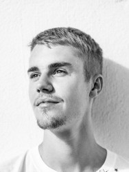 """Justin Bieber veröffentlicht """"Drew House""""-Kollektion - Promi Klatsch und Tratsch"""