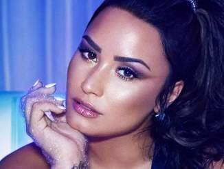 Demi Lovato zeigt sich kämpferisch - Promi Klatsch und Tratsch