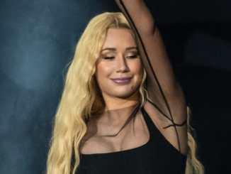 Iggy Azalea: Tänzerin bricht während Konzert zusammen - Musik News