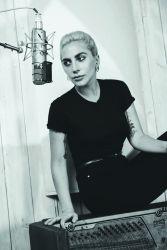 Lady Gaga 2016 - 687419 big