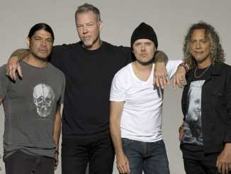 """""""Metallica"""": Kirk Hammett fällt und wird ausgelacht - Musik News"""