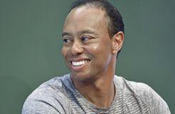 Tiger Woods schreibt wieder sportliche Schlagzeilen