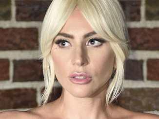 Jetzt doch: Lady GaGa verurteilt R. Kelly - Promi Klatsch und Tratsch