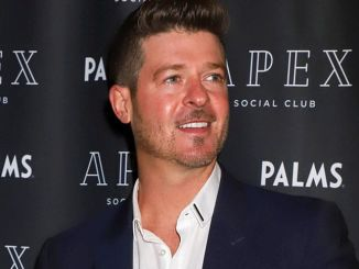 Robin Thicke Hosts Apex Social Club New Year's Eve 2019 Weekend Kick-off Celebration