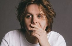 Lewis Capaldi, der Party-Löwe