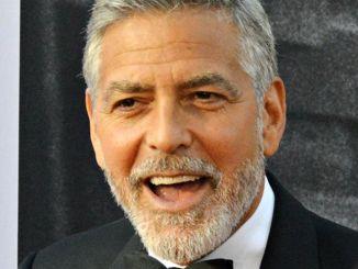 George Clooney: Hauptsache mit sehr viel Käse - Promi Klatsch und Tratsch