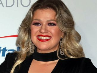 """The Voice"": Kelly Clarkson über Austieg von Adam Levine - TV"