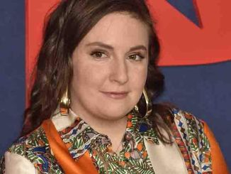 "Lena Dunham - HBO Presents: ""Veep"" Season 7 New York City Premiere"