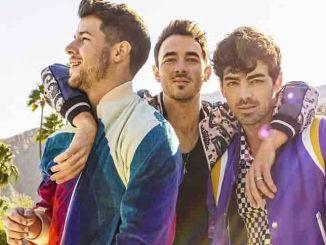 """Jonas Brothers"": Joe und ""The Return of the Jonai"" - Promi Klatsch und Tratsch"