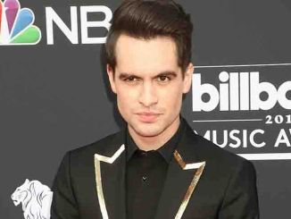"""Panic! At The Disco"": Brendon Urie will mit ""Green Day"" arbeiten - Musik"