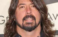 Dave Grohl tourt durch Studios