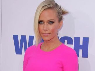 "Kendra Wilkinson - ""The Watch"" Los Angeles Premiere"