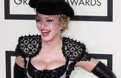 Madonna ziemlich von der Rolle