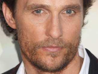 Matthew McConaughey pflegt seine Haut! - Promi Klatsch und Tratsch