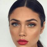 Fortsatt fokus på röda läppar