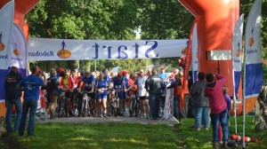 Loopfietstocht-21-km-16-sept-2012-0731-750x420