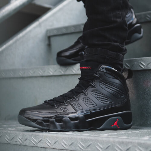 Air Jordan 9 Bred