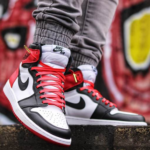 jordan 1 red leather shoelaces with gold tips image