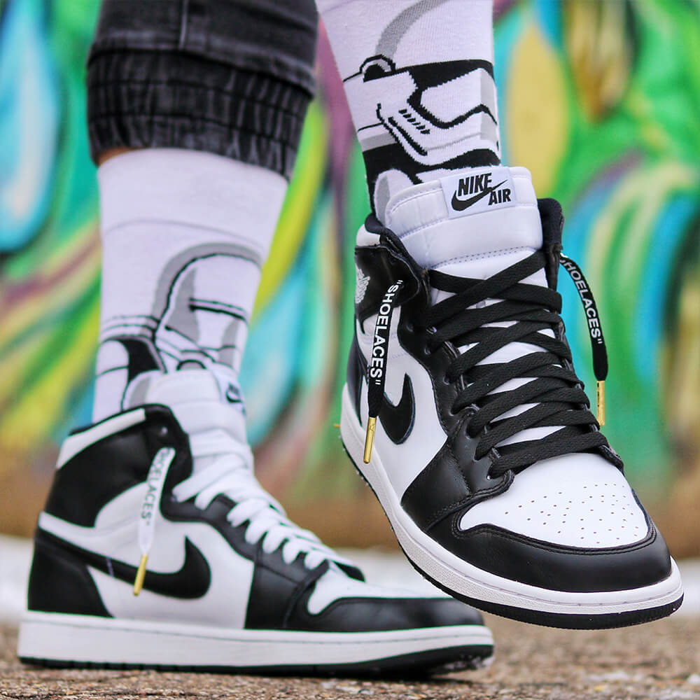 jordan 1 with black and white off white shoelaces (3)