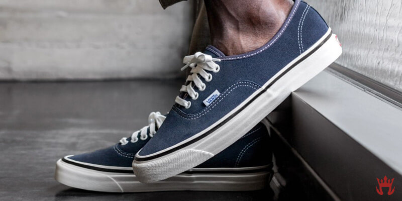 vans authentic shoes in blue and white