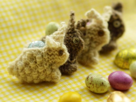 Woolly Bunny Brooch by Juju Vail for Loop, London. Bunnies in a row. www.loopknitlounge.com