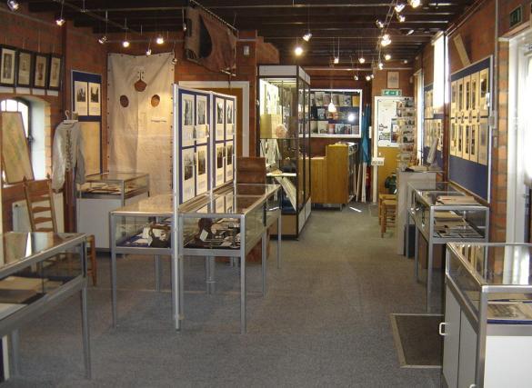 Overzicht van de tentoonstelling.