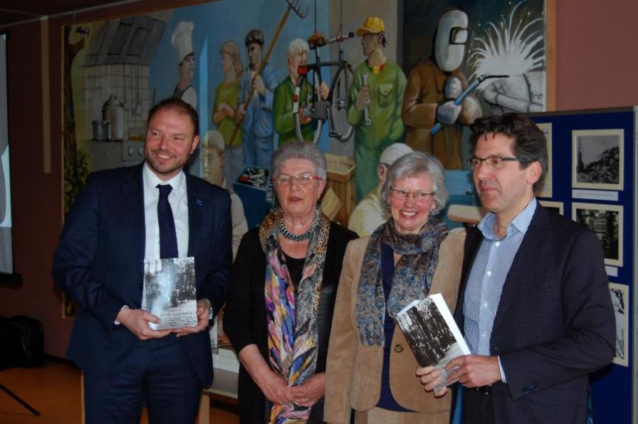 v.l.n.r. Harm Benthem, Corrie Hoekstra, Corry van Straten en Stephan Valk.