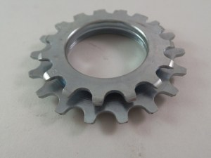 "Maillard 700 Course Freewheel ""MC"" 7 speed 15T & 18T threaded Cog"