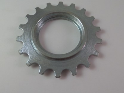 "Maillard Helicomatic Freewheel ""SHB"" 6 and 7 speed 18T Threaded Cog"