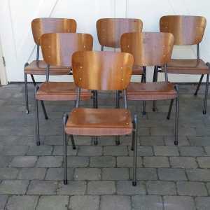 Plywood stoelen