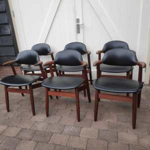 Tijsseling cowhorn chairs