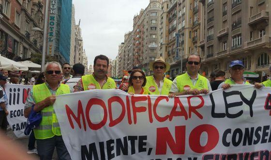 Los pescadores poceños defienden sus derechos en Madrid