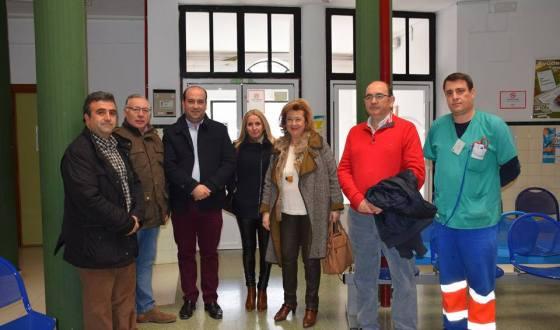 La delegada de Salud, Teresa Vega, visita Pozo Alcón