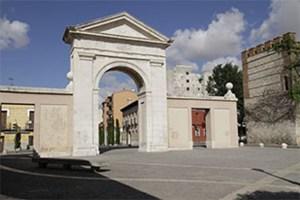Puerta-de-Madrid-relato-lqs