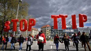 Stop-TTIP-LoQueSomos