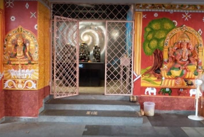 Wishfulfiling Temple of Lord Hanuman: A visit to Karyasiddhi Temple